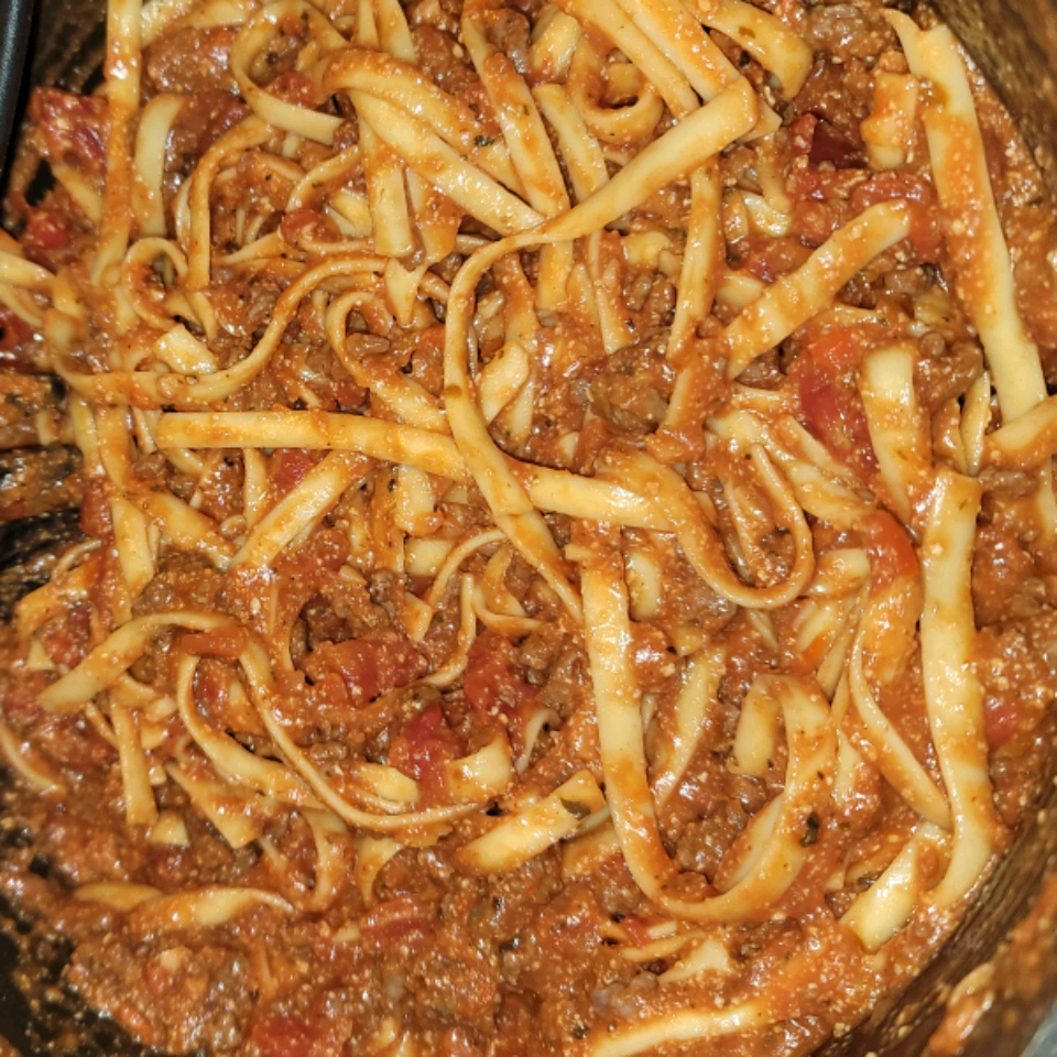 One-Pot Spaghetti with Meat Sauce Lyndsey Nix