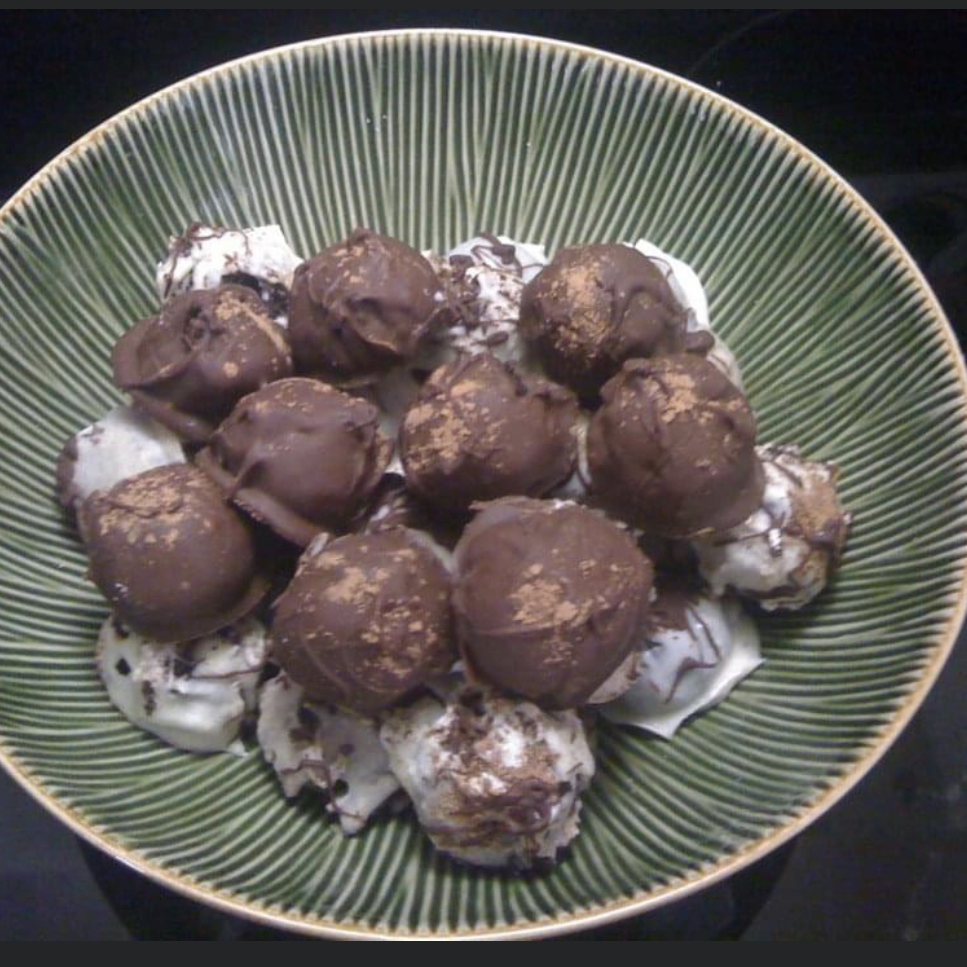 Simple Cake Pops Maidelin Rodriguez