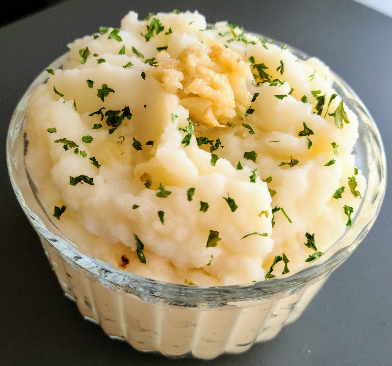 Jen's Creamy Garlic Mashed Potatoes Christina