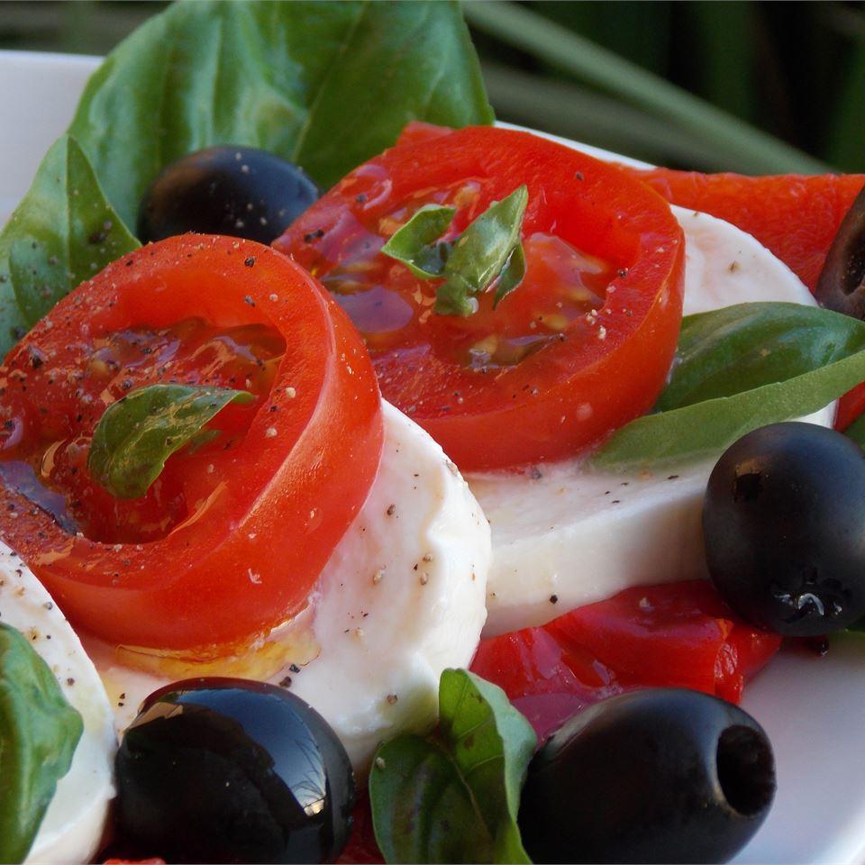 Simple Caprese Salad Baking Nana