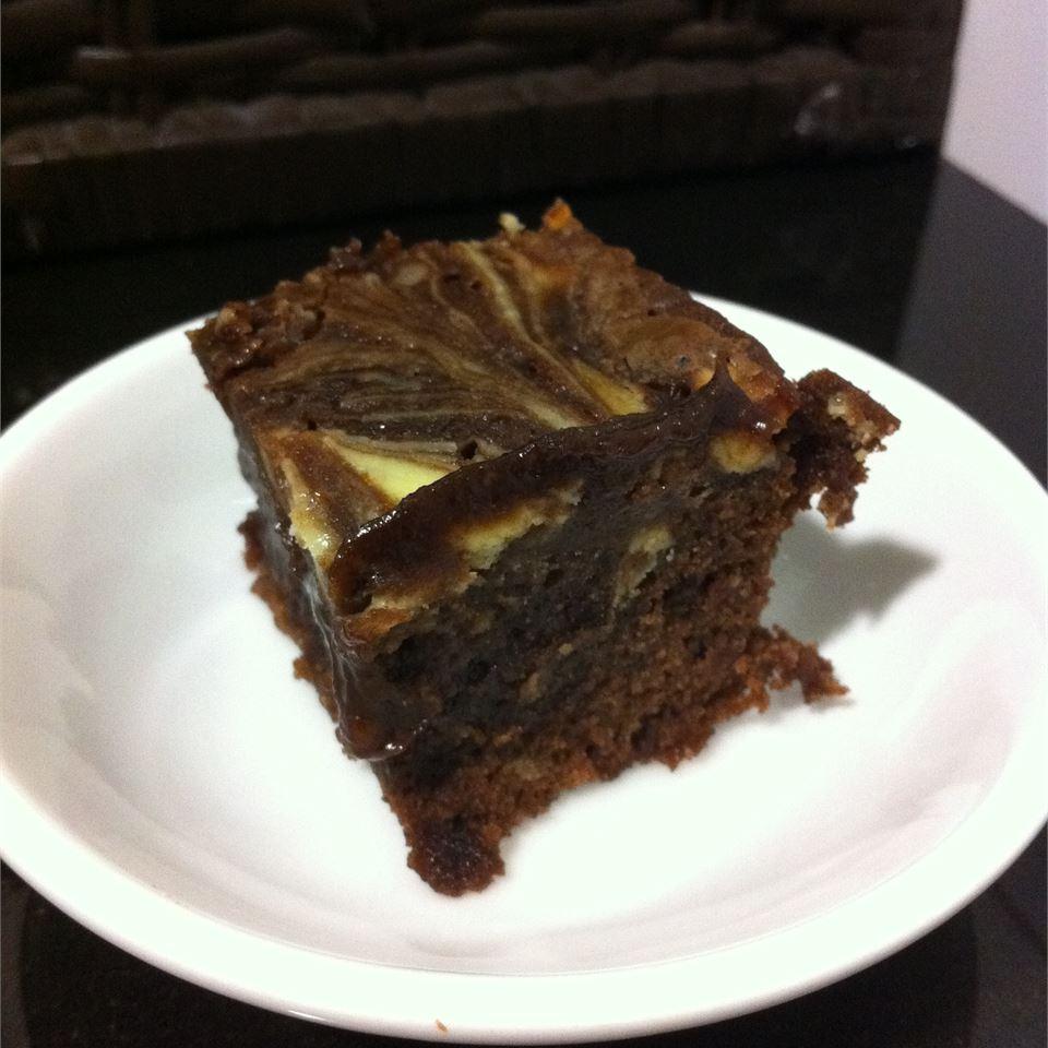 Cheesecake Brownies bellyftw
