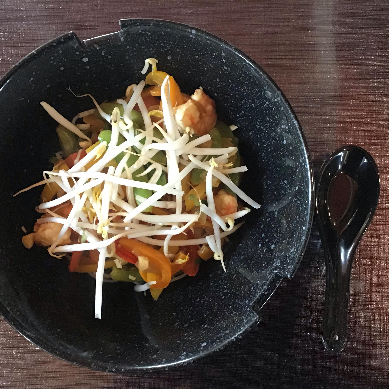 Thai Shrimp and Snow Peas Chefboy Pardee