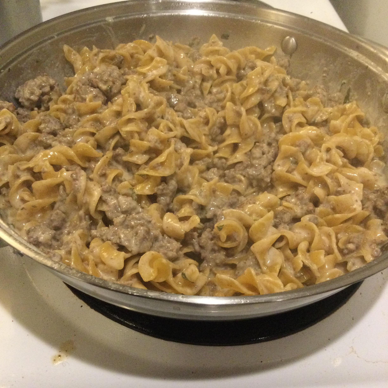 One-Pot Ground Beef Stroganoff