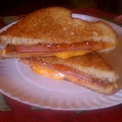 Grilled Ham and Cheese With a Twist ~TxCin~ILove2Ck