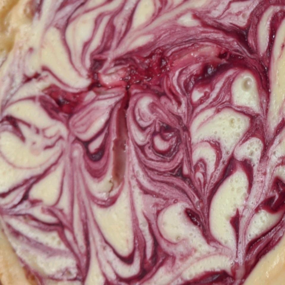 White Chocolate Raspberry Cheesecake Renee