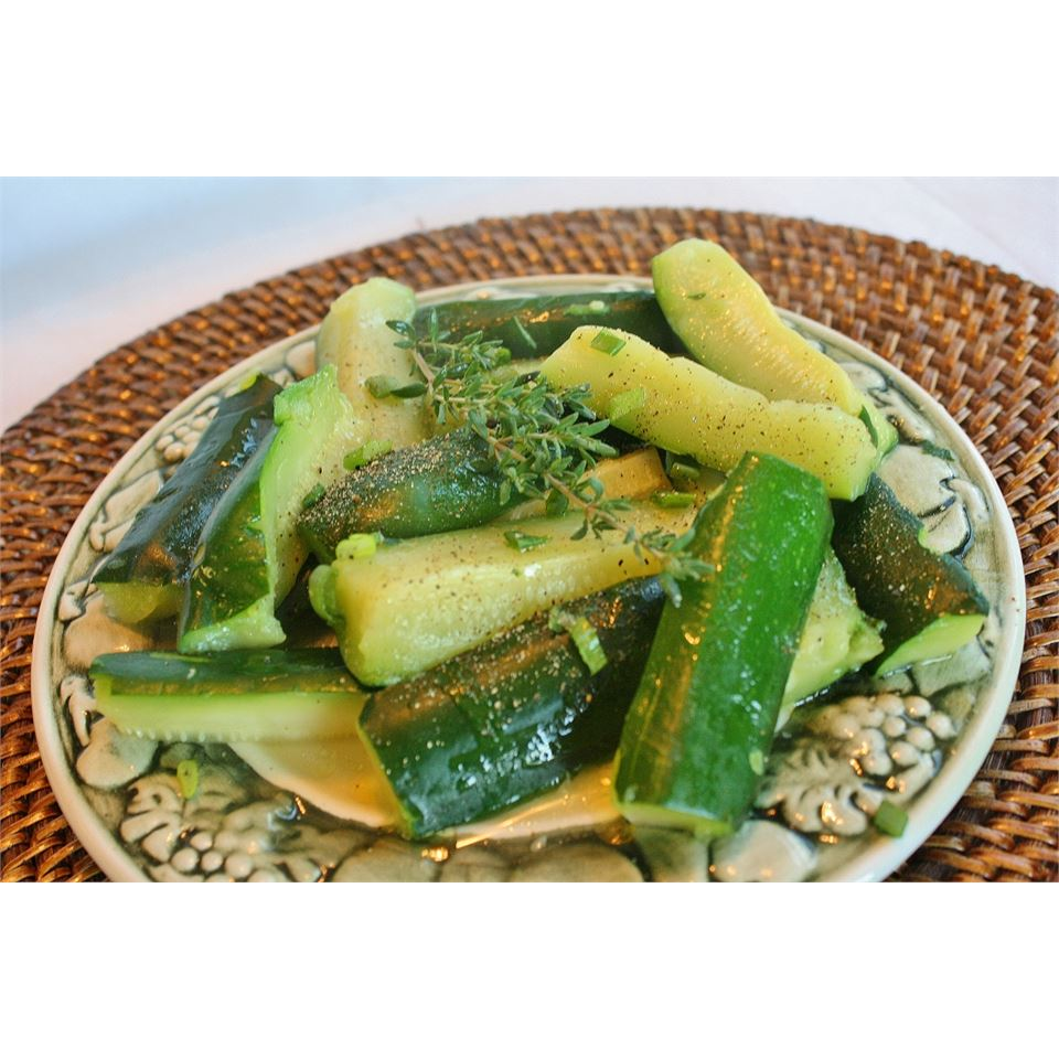 Steamed Zucchini naples34102