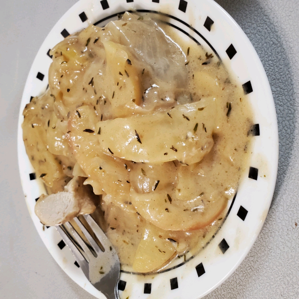 Baked Chicken Thighs with Apples and Onions
