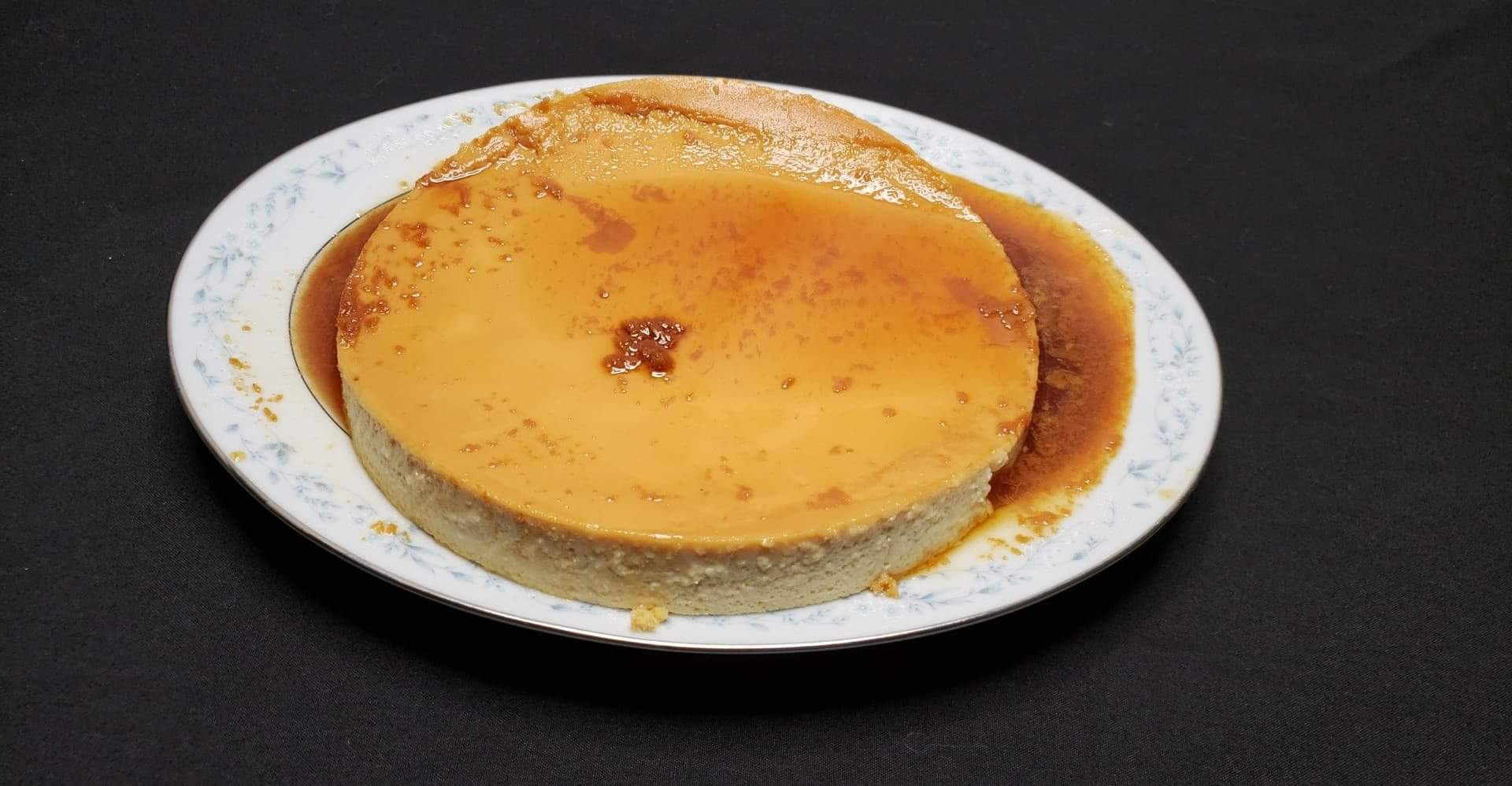Flan de Queso (Cream Cheese Flan)