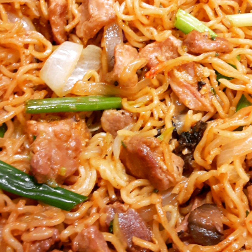 Udon Peanut Butter Noodles
