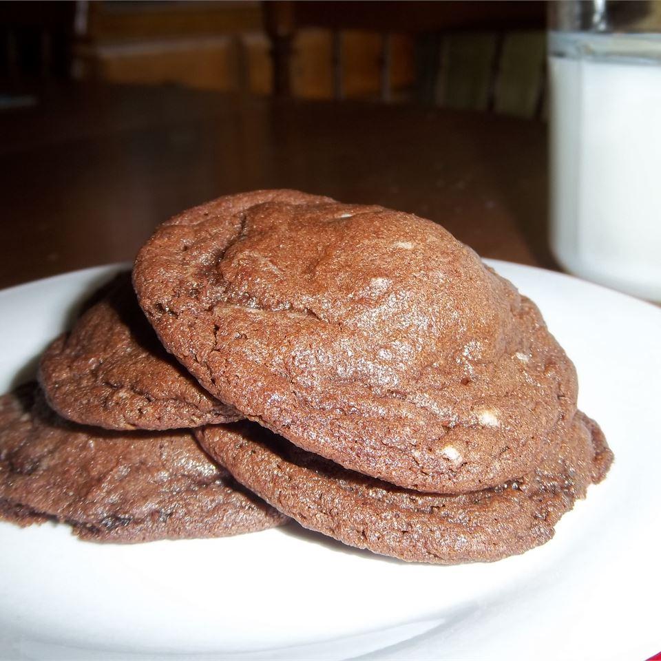 Rolo®-Filled Chocolate Cookies Amanda