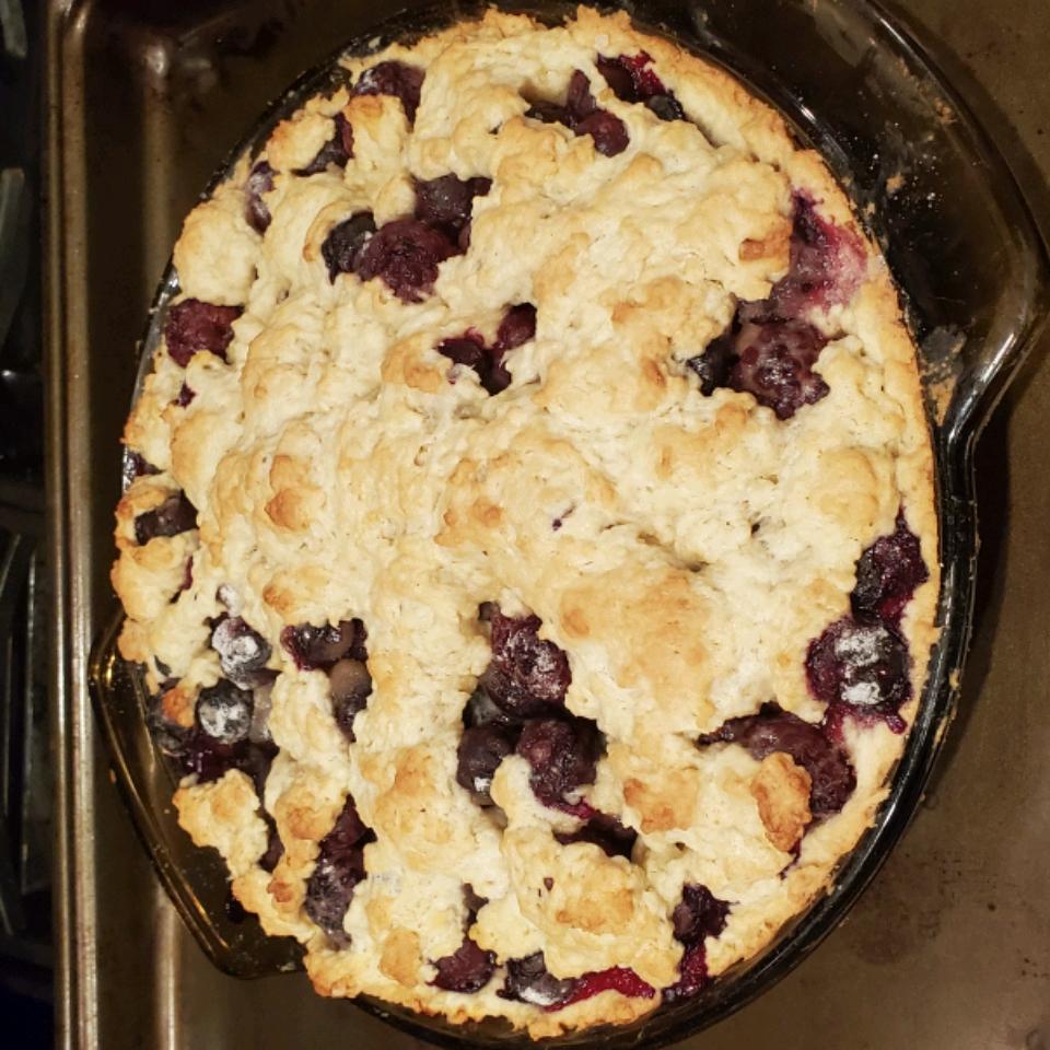 My Grandmother's Best Berry Pie