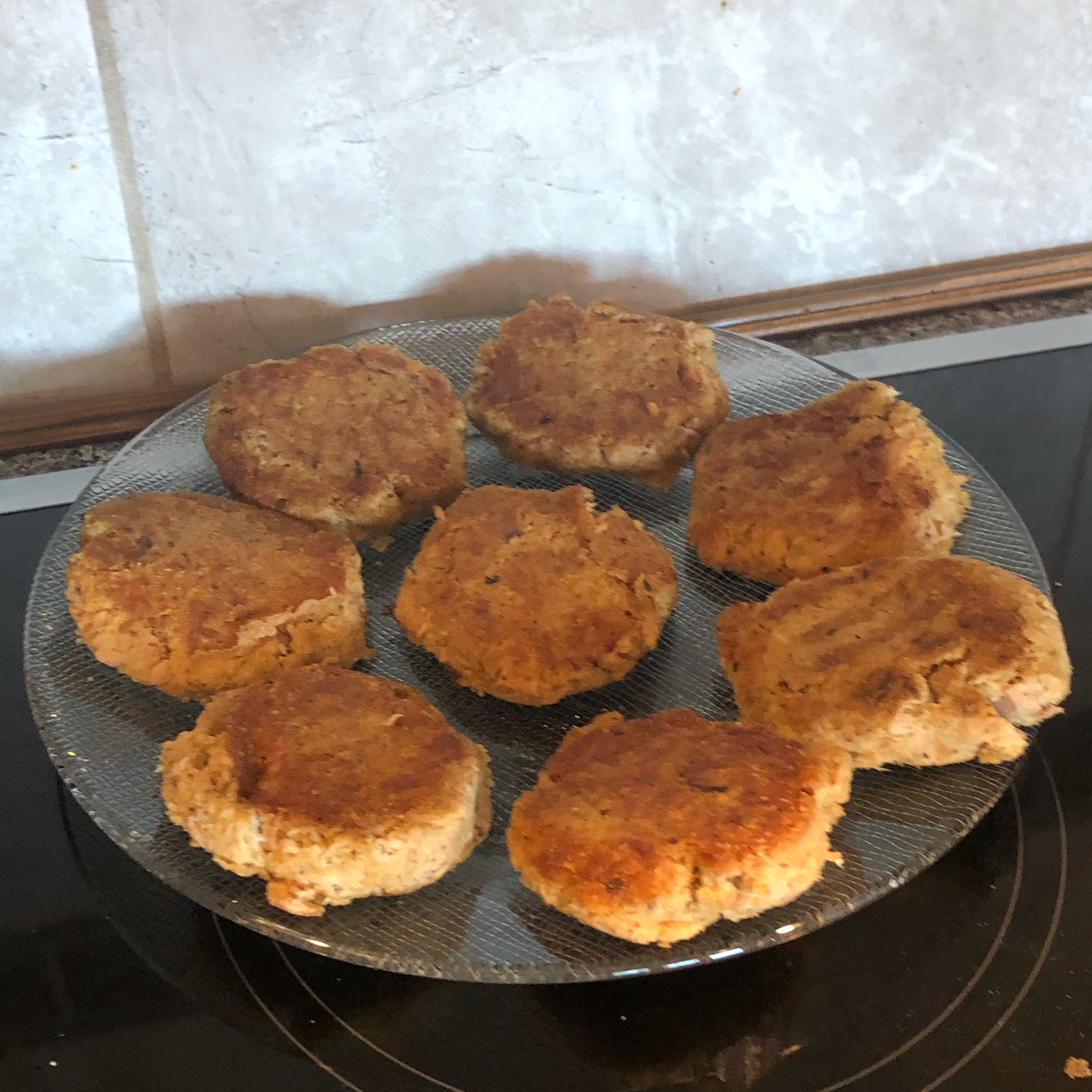 Low-Carb Tuna and Mackerel Cakes Clint Collins