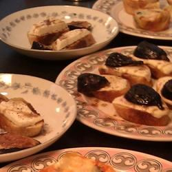 Burrata Bruschetta with Figs jessicay