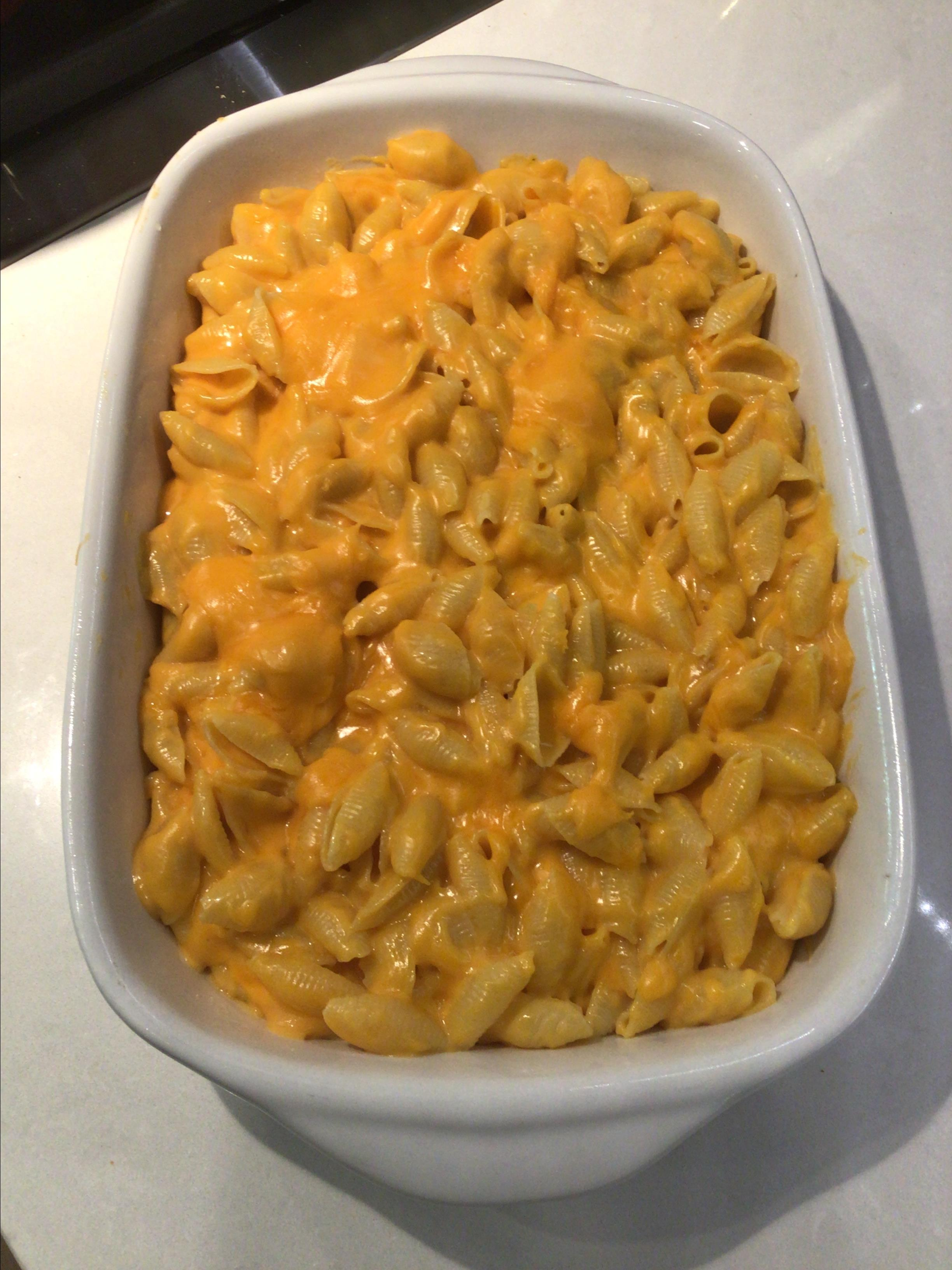 Restaurant Style Mac and Cheese KAMcElroy