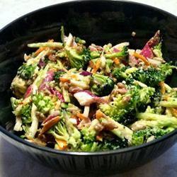 Andrea's Broccoli Slaw lovestohost