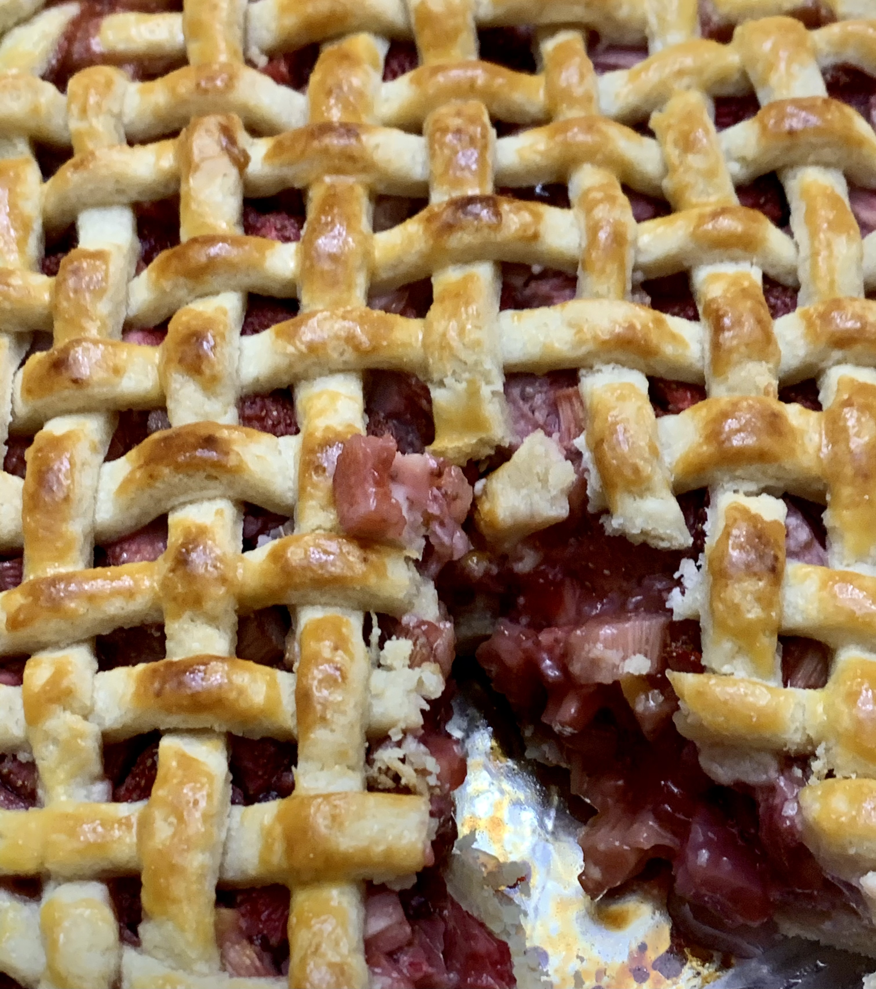 Favorite Strawberry Rhubarb Pie trillian01