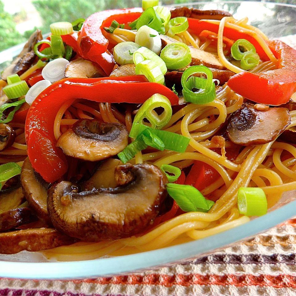 Asian Noodle Salad Christine