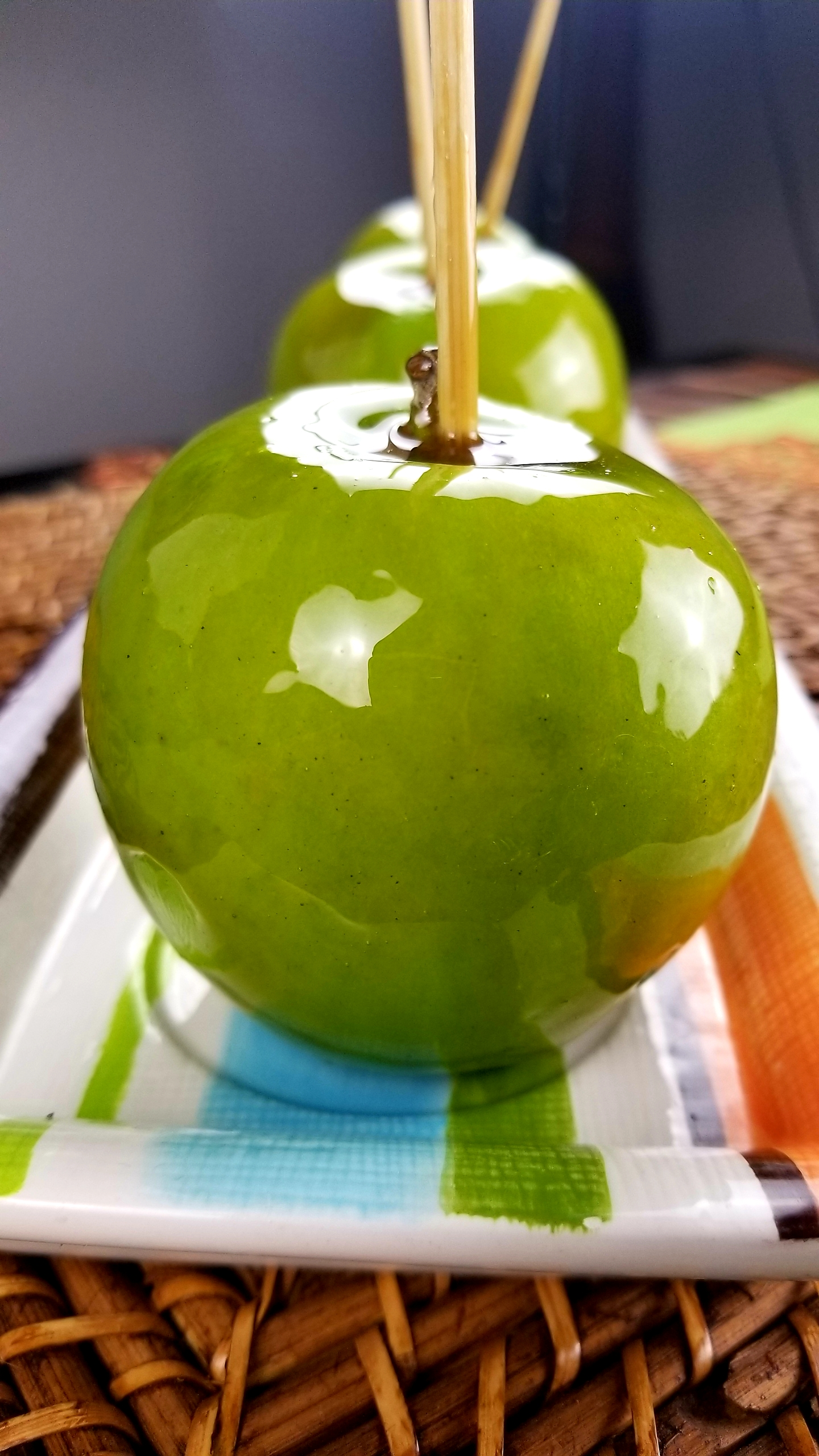 Bourbon Candy Apples CookingWithShelia