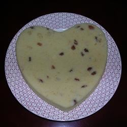 Simple and Delicious Sponge Cake Daphne