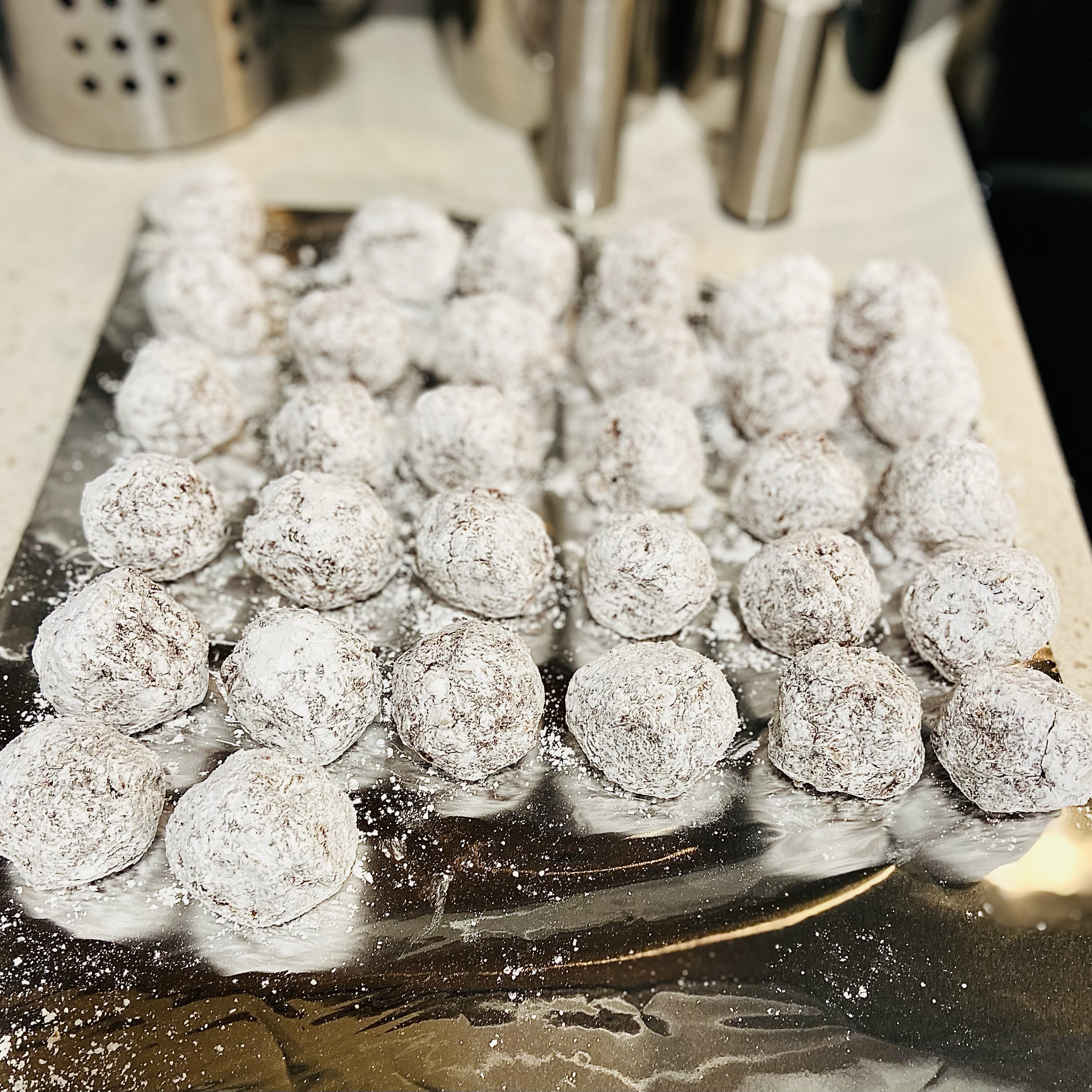 Chocolate Rum Balls I Kevin S