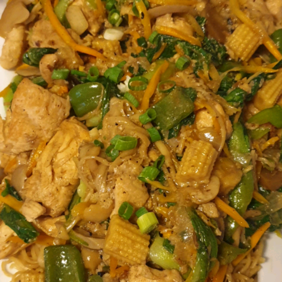 Hong Kong-Style Chicken Chow Mein Stephanie Nguyen