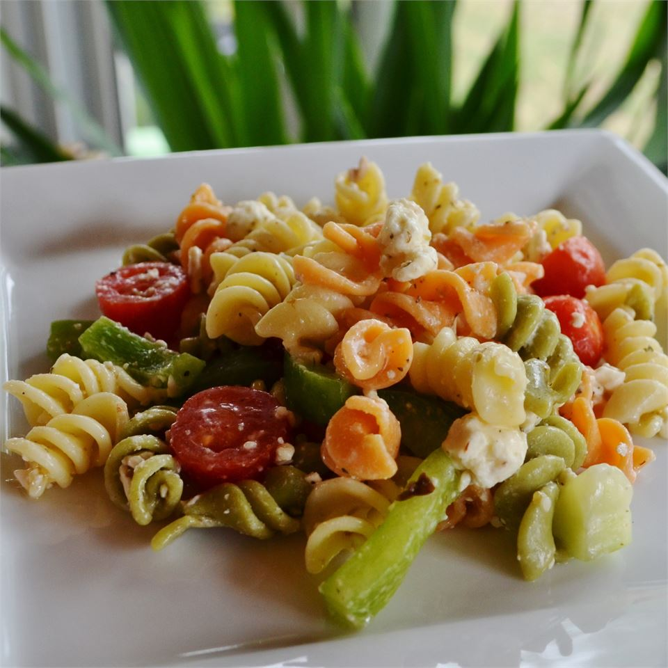 Greek Pasta Salad I SMClanton