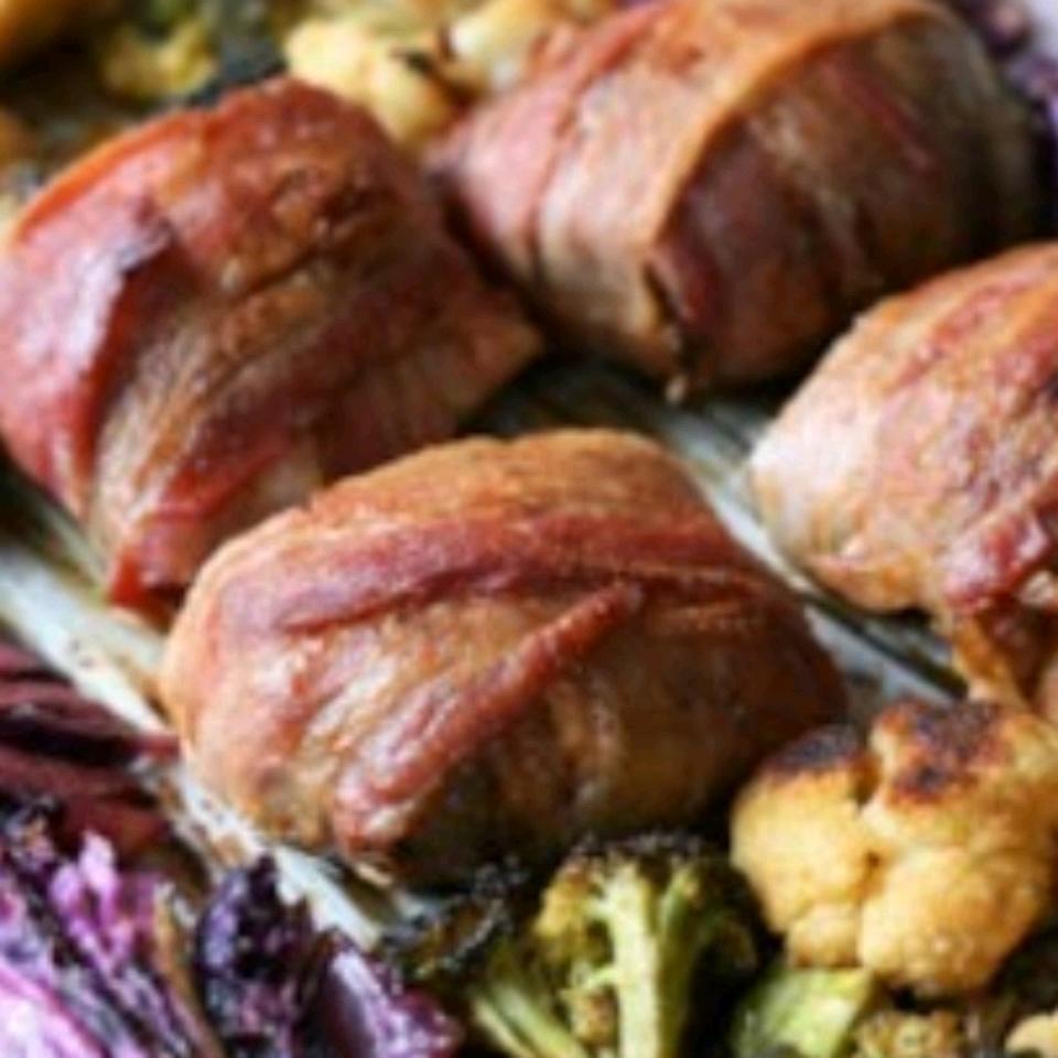 Keto Smoky Chicken and Vegetable Sheet Pan Dinner Mymakai