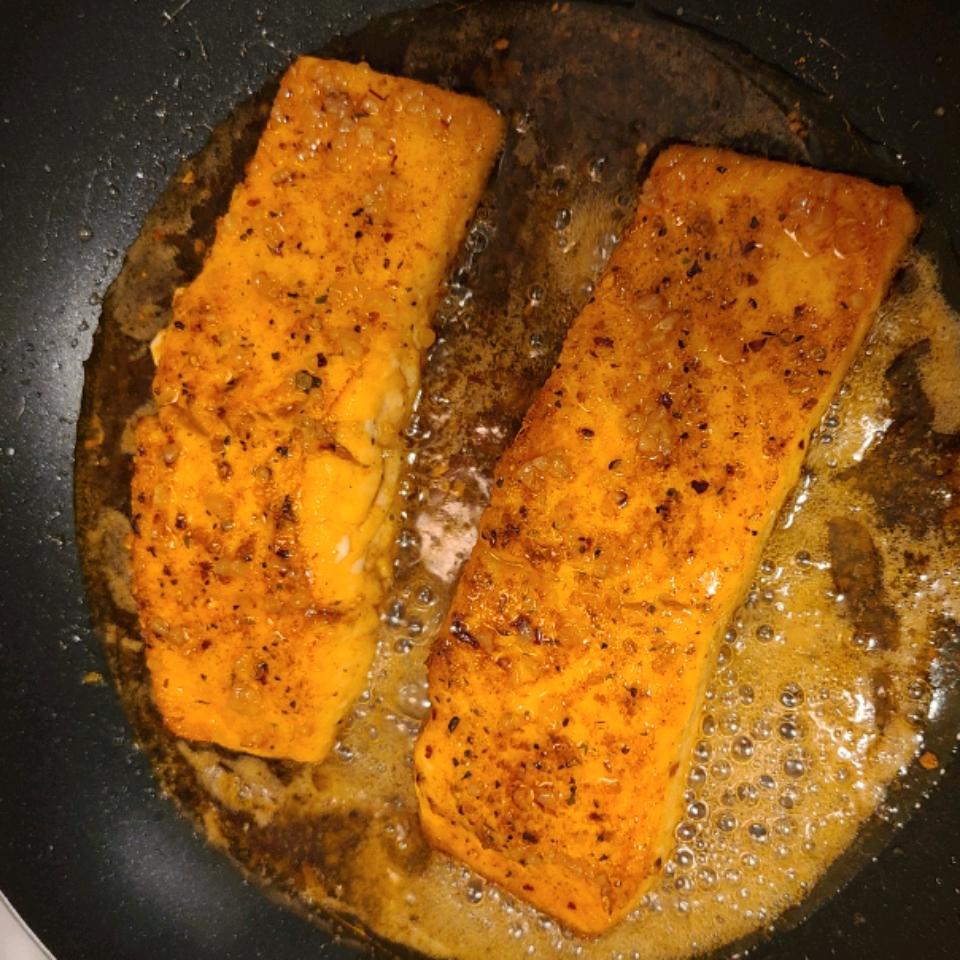 Honey Garlic Glazed Salmon C Lewis