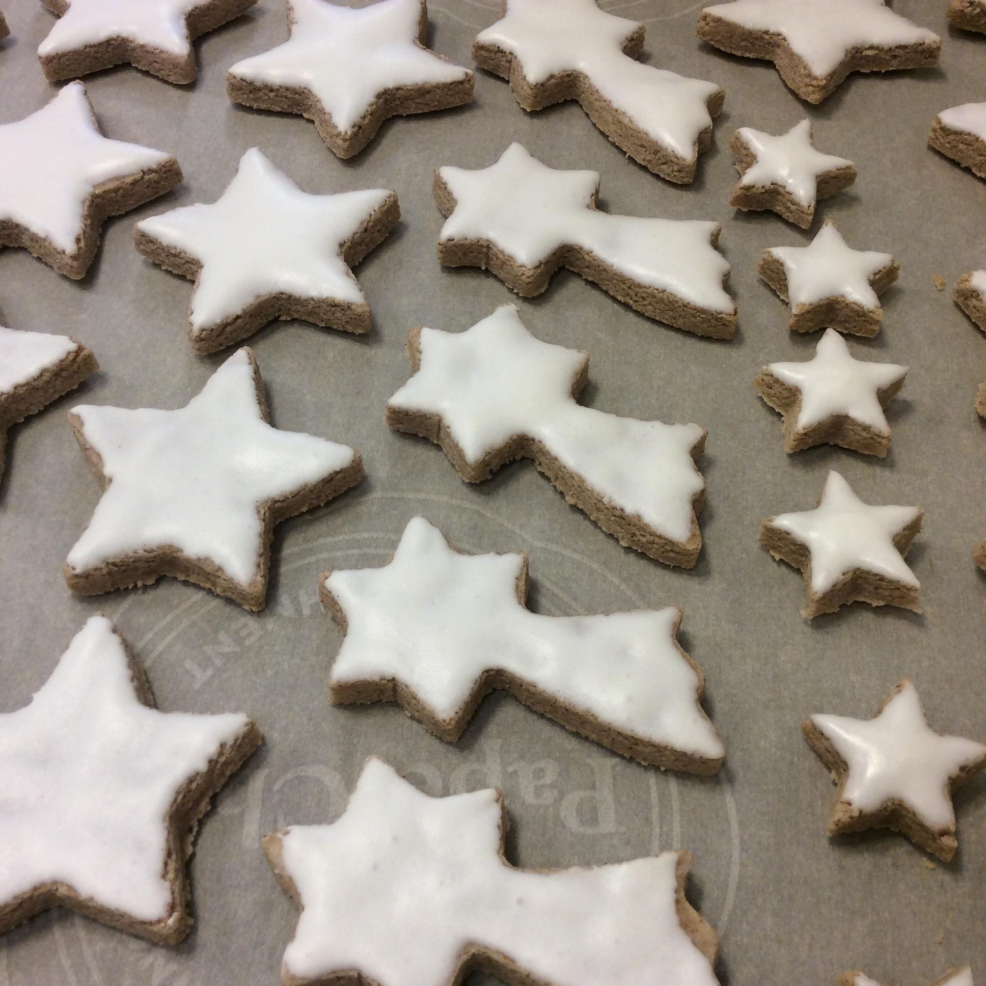Cinnamon Stars ooo_man