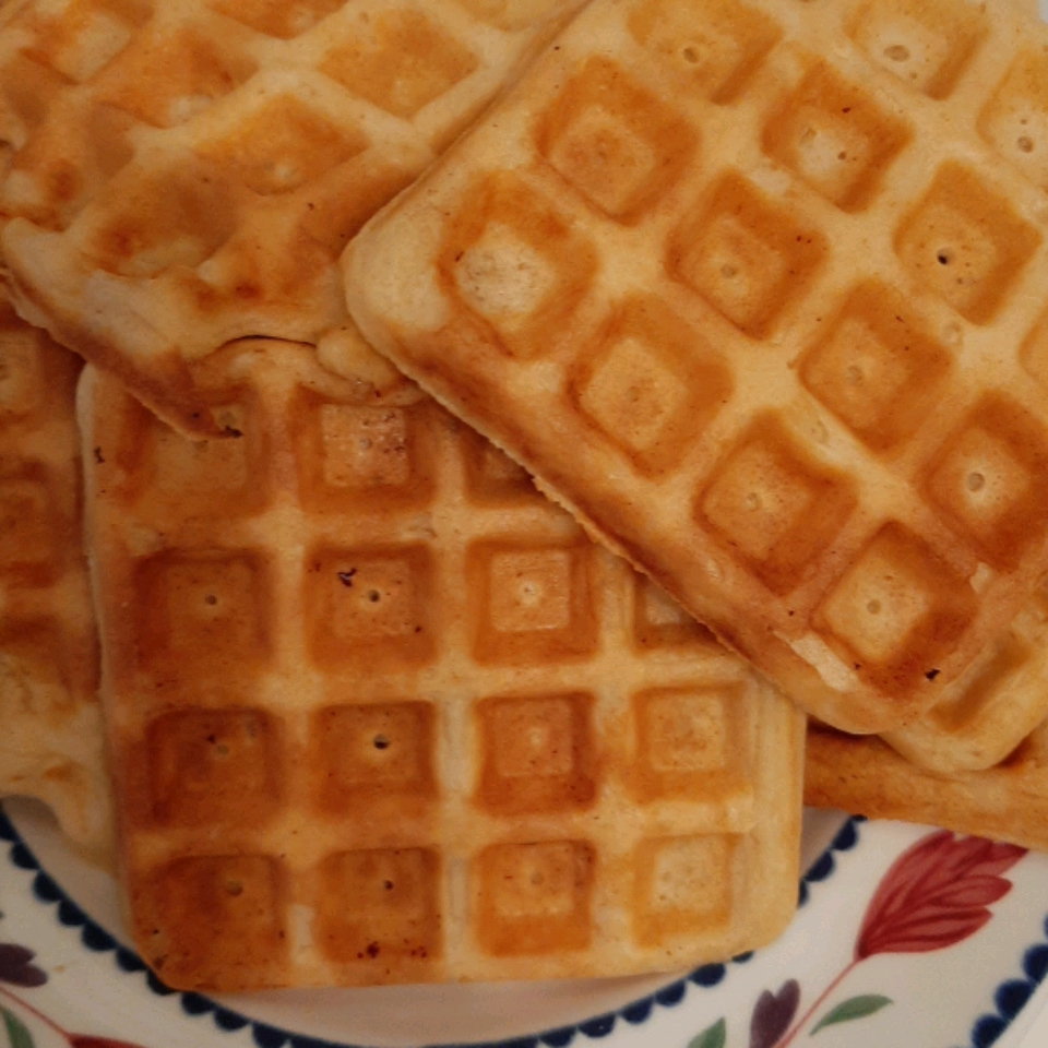 Yeast Waffles Loretta