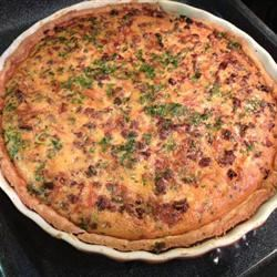 Sausage and Sun-Dried Tomato Quiche otctroy