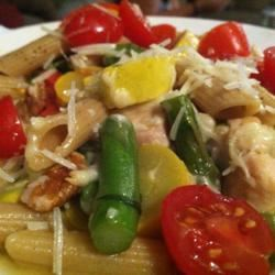Asparagus, Chicken, and Pecan Pasta DarlaHood