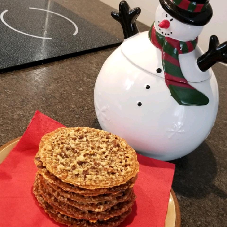 Lace Cookies (Florentine Cookies) Sharyl