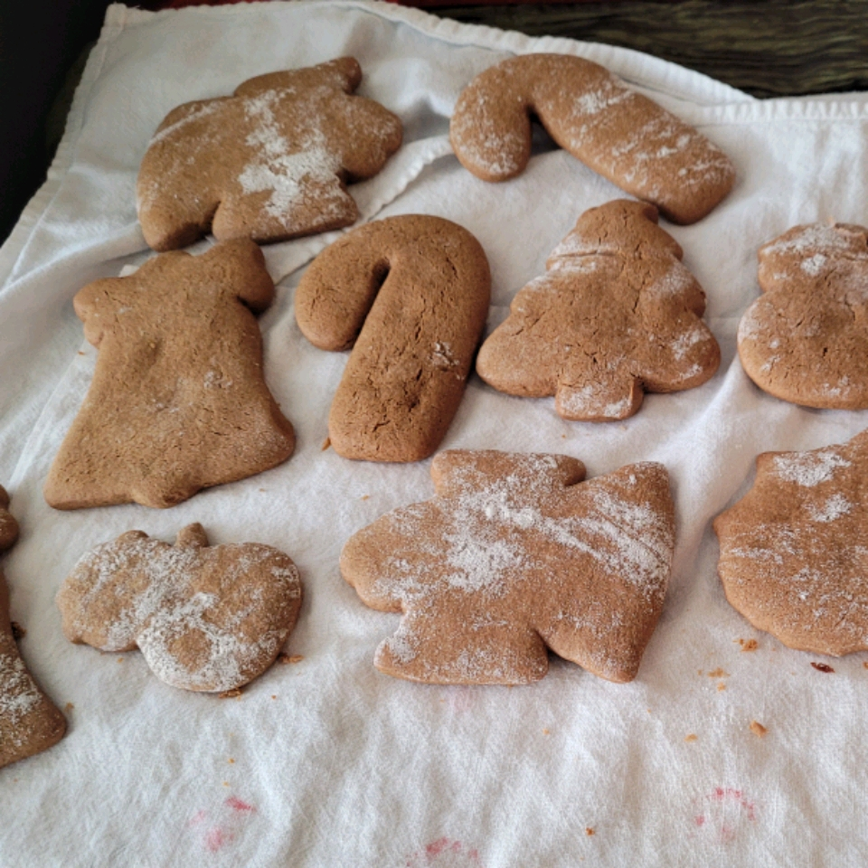 Christmas Molasses and Ginger Cookies RaquelMaria