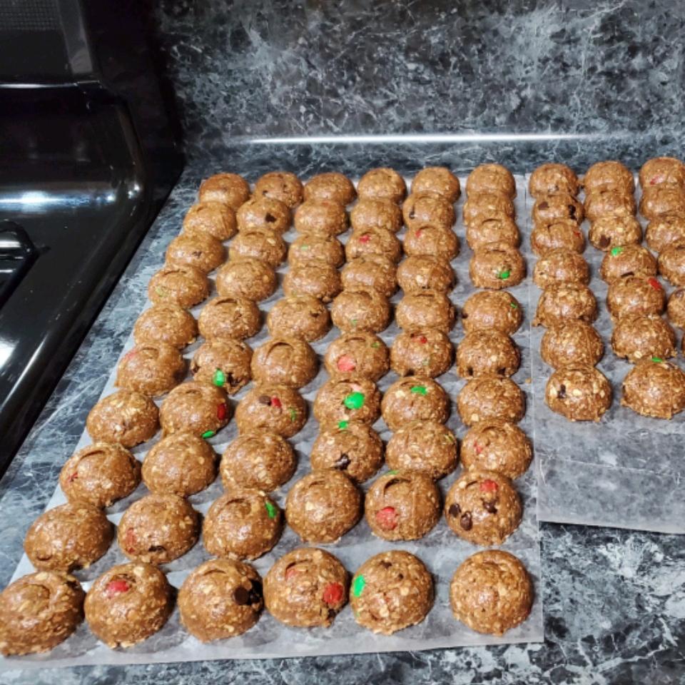 Monster Cookies from Karo® RolandS.