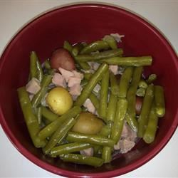 Slow Cooker Green Beans, Ham and Potatoes