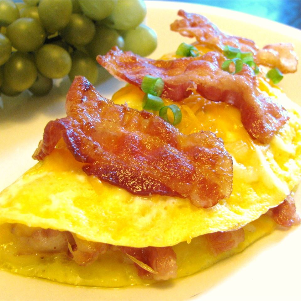 Crispy Bacon and Sweet Onion Omelet Sugarplum