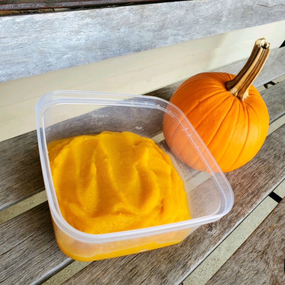 Homemade Pumpkin Puree in the Microwave Tammy Lynn