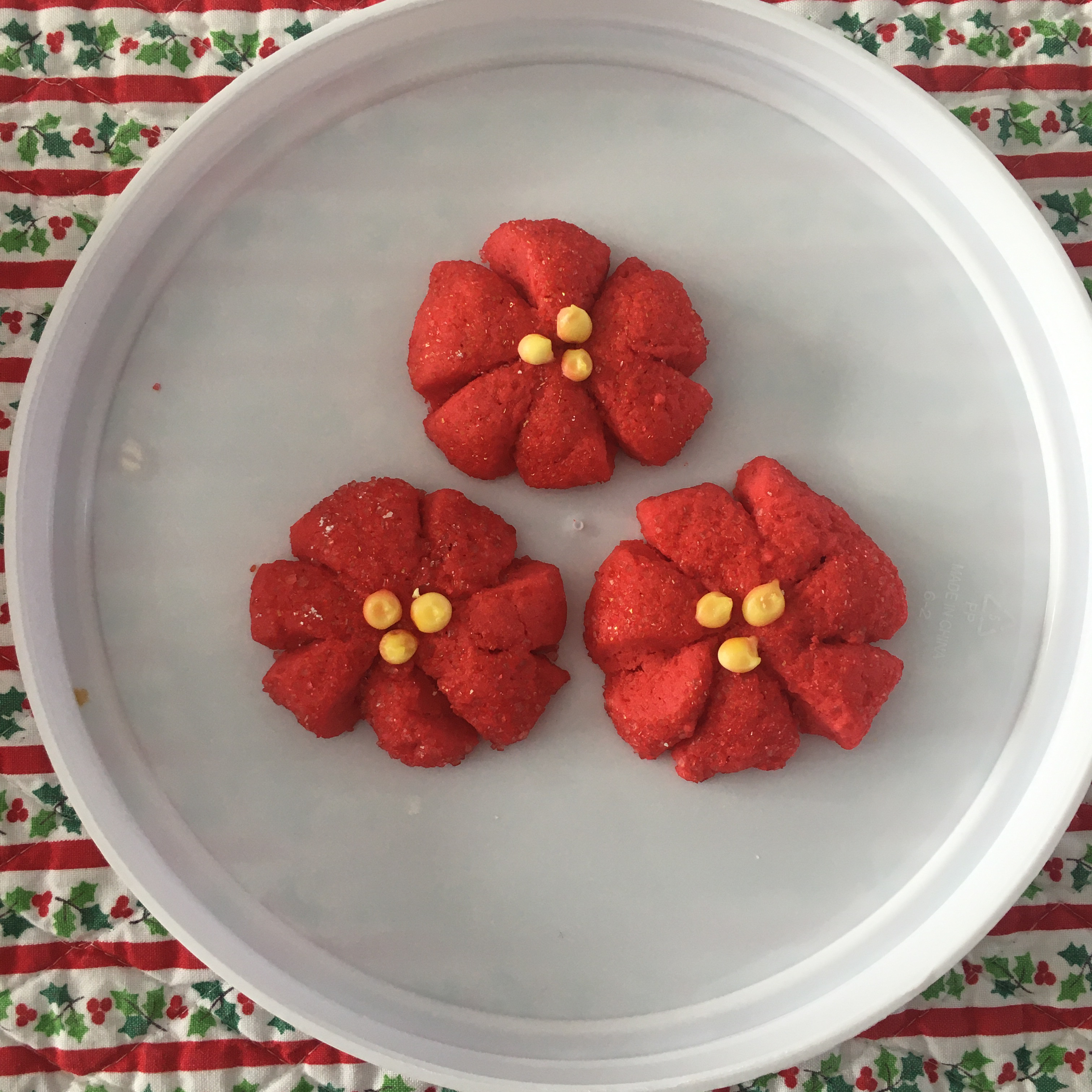 Poinsettia Cookies Mini1