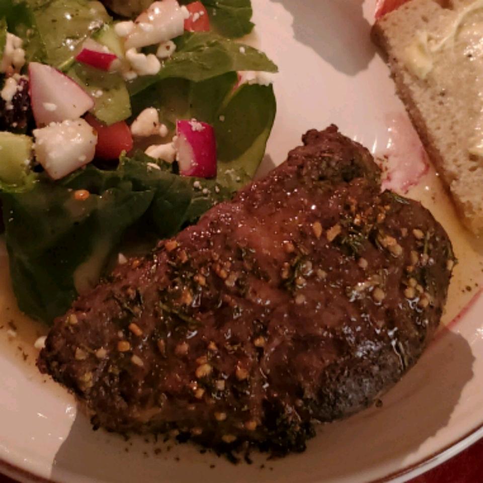 Louise's Herbed Beef Tenderloin jrwagner