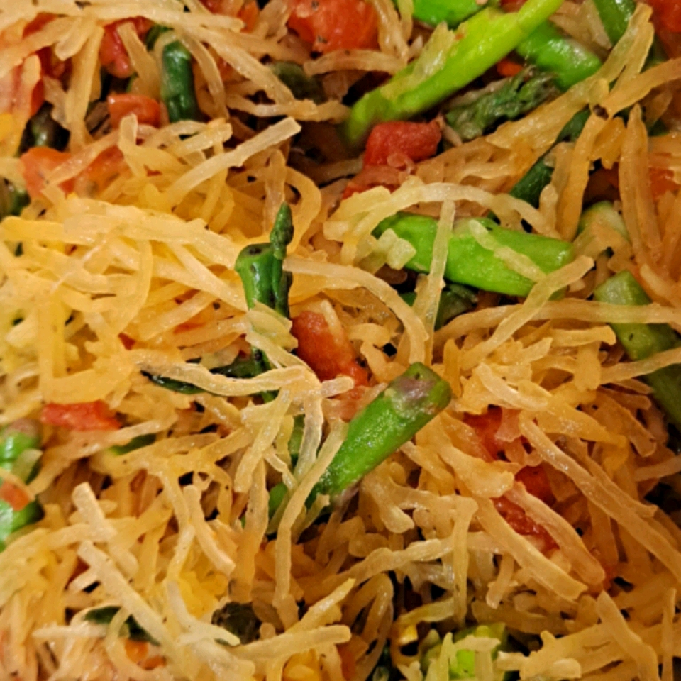Spaghetti Squash with Asparagus Shaynah Clements