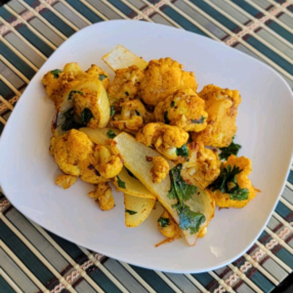 Roasted Curried Cauliflower and Onion Cindy W