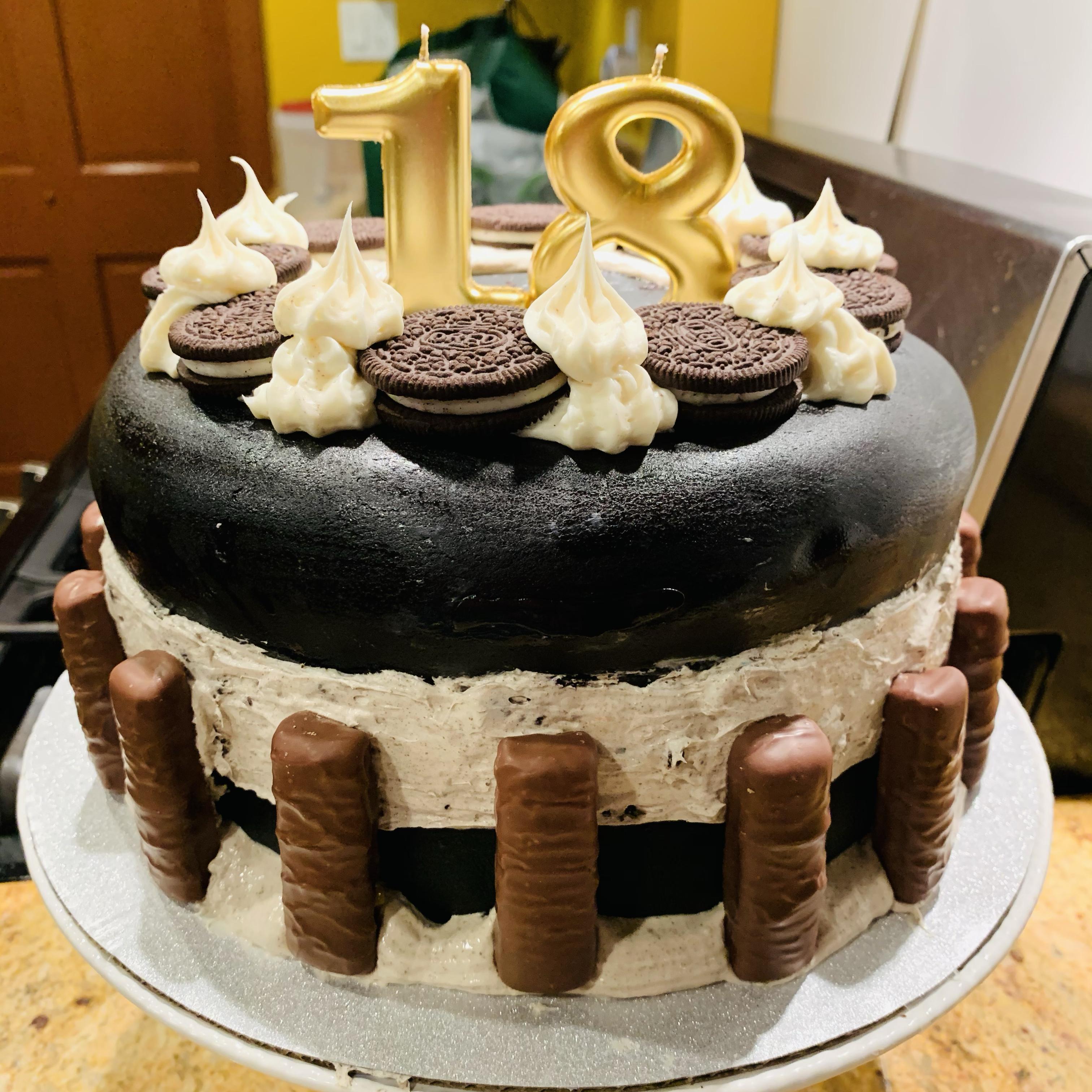 Chocolate-Covered OREO Cookie Cake JD