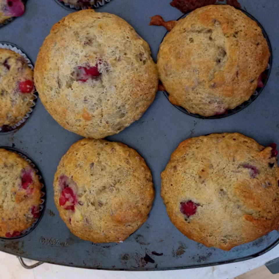 Edna's Banana Cranberry Muffins Carol Riemer