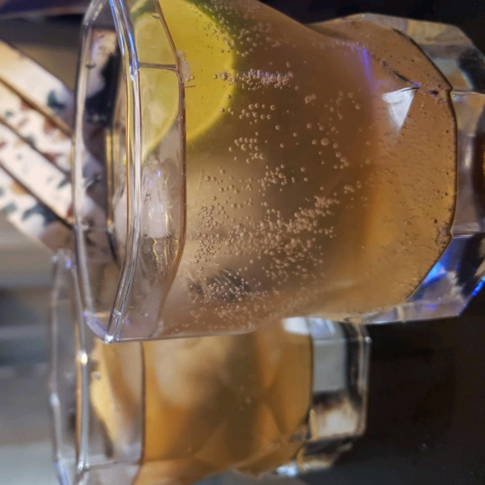 Fizzy Lime Vodka Press Sara Smith