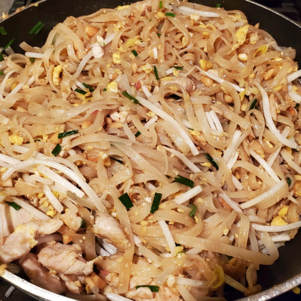 Okinawan-Style Pad Thai Kelly and Ryleigh