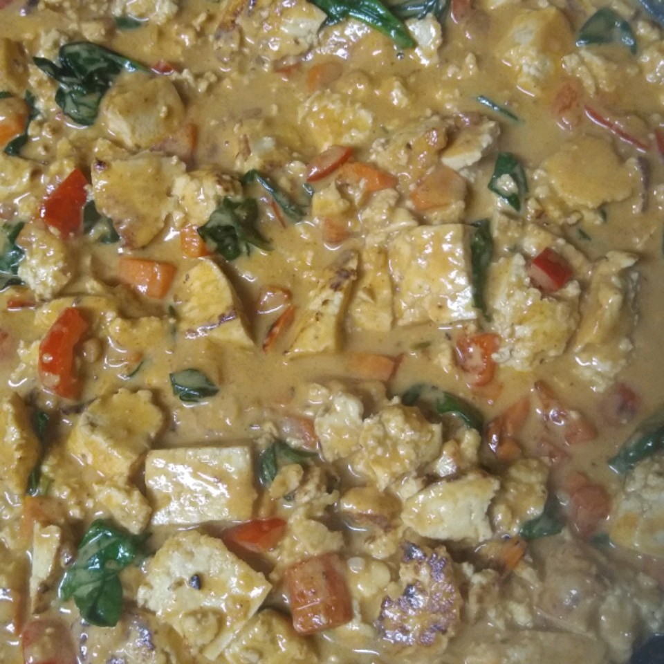 Tofu Stir-Fry with Peanut Sauce (Vegan)