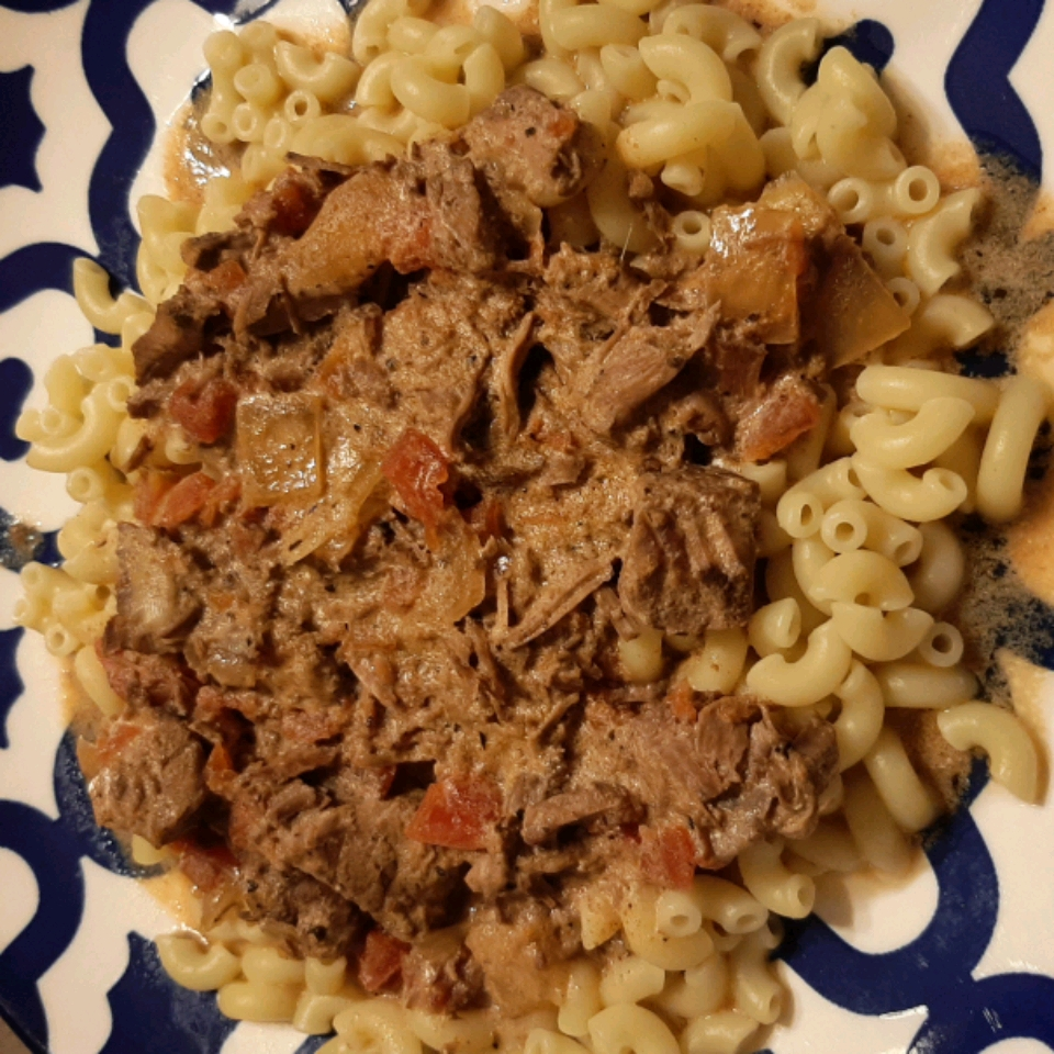 Slow Cooker Hungarian Goulash chefcrabbe
