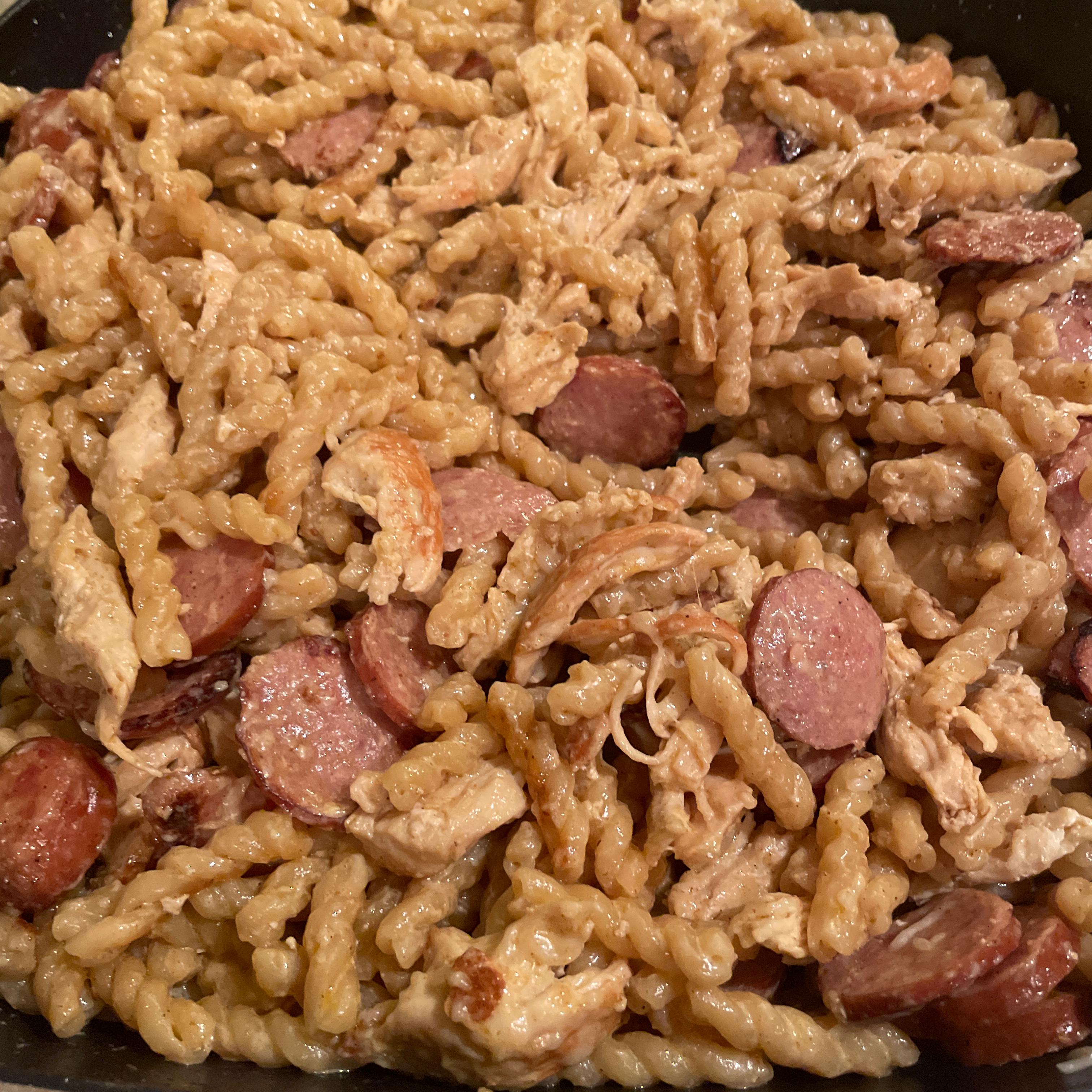 One-Pot Cajun Chicken and Sausage Alfredo Pasta Lisa