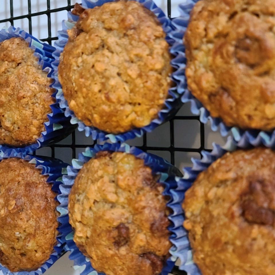 Healthy Banana Chocolate Chip Oat Muffins JukeboxDon